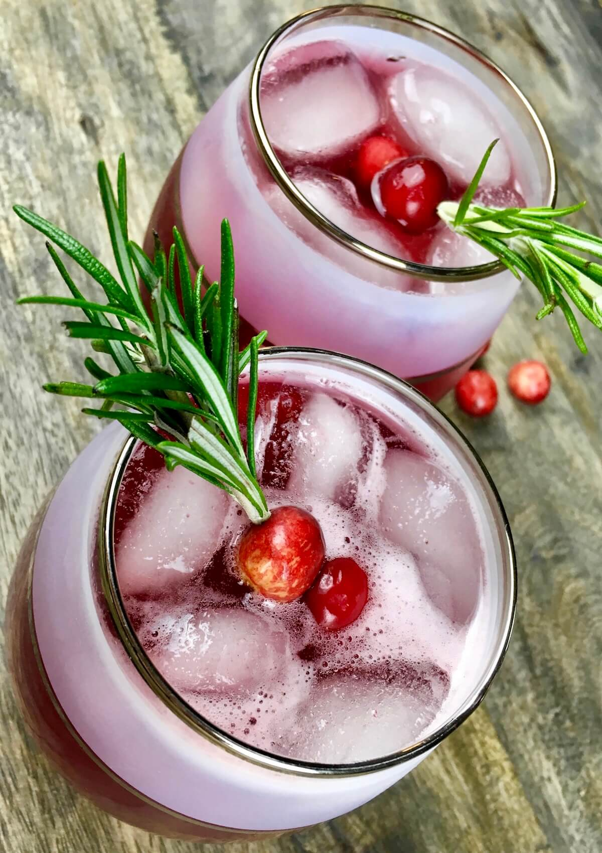 Spiced Cranberry Spritzer